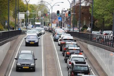 Limburgse steden koken over door invasie kooptoeristen: 'Eén Europa? Dat is nog heel ver weg'