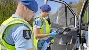 Handen vol aan mensensmokkel: complete pakketreizen naar Nederland