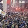 Harde kritiek om Ajaxfeest: 'Elke week ME inzetten en dit laten we gaan?'