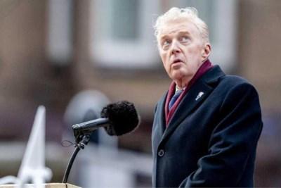 André van Duin telt zegeningen tijdens toespraak op de Dam: 'Ik ben dankbaar dat ik in vrijheid kan leven'