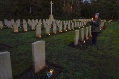 Militairen op Brits oorlogskerkhof Venray krijgen langzaam maar zeker hun gezichten en verhalen terug