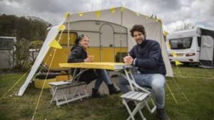 Ook met hoosbuien staan de Limburgse campings vol: 'Er zijn genoeg droge momenten'