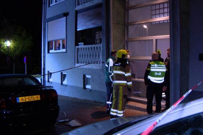 Appartementencomplex Vaals opgeschrikt door vuurwerkbom: 'Geen idee waarom iemand hier zoiets naar binnen gooit'