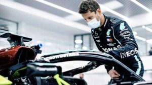 Grosjean in Mercedes-bolide even terug in Formule 1 na crash