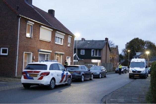 Gruwelijke details over moord in Nieuw Bergen: de voordeur stond open en de klink zat vol bloed