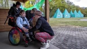 Ouders van kinderen met beperking genieten weer van vakantie op Wigwampark Heel