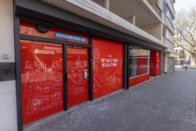 Raamstickers leegstaand pand binnenstad Heerlen 'veel beter dan alleen een 'te huur'-bordje in de etalage'