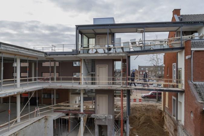 Rekenkamer oordeelt mild over gang van zaken rond de verbouwing van het gemeentehuis van Maasgouw