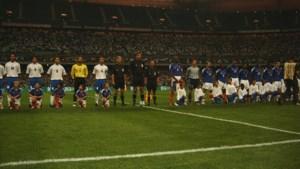 Van Klassieker tot kolkend Istanbul: voor scheidsrechtersassistent Eugène Theelen uit Buggenum heeft elke wedstrijd zijn eigen verhaal