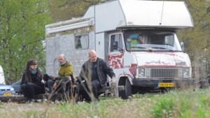 Stadsnomaden vlug weggestuurd in Bergen: 'Het liefste willen we een vast plekkie'