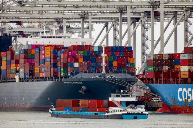 Haven Rotterdam bijna klaar met armada aan schepen na Suez-opstopping