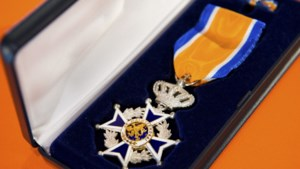 Koninklijke onderscheiding voor Jos Delamboy uit Geleen die tal van bestuursfuncties bekleedde