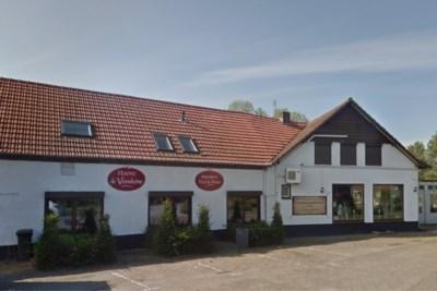Na meer dan 100 jaar horeca komen er zorgappartementen in De Hoove in Beringe