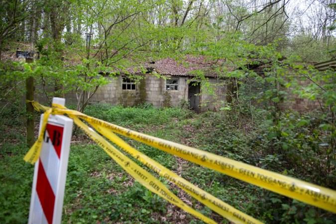 Vervallen asbestpand in Spaubeek vooralsnog niet gesaneerd door gemeente vanwege overlijden eigenaar