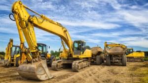 250 liter diesel en accu's gestolen uit werkvoertuigen in Selfkant