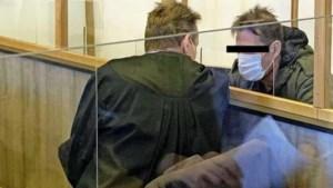Huilende getuigen vertellen over verschrikkingen bij zaak tegen sekteleider Wilri W.