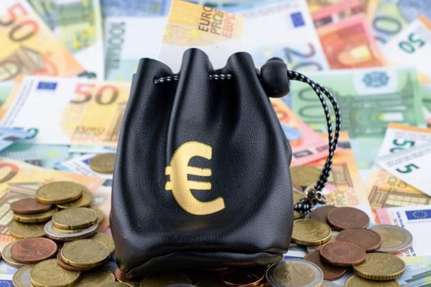 Extra coronaspaargeld vooral op bankrekening hoge inkomensgroepen