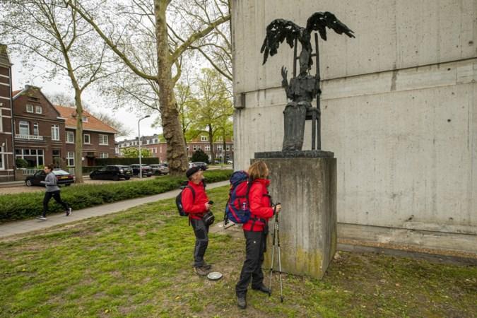 Wandelen langs herinneringen aan Sint-Servaas in 'zijn' Maastricht