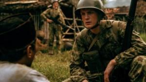 Hoofdrolspeler Martijn Lakemeier: 'Film 'De Oost' als een stuk verwerking van duistere geschiedenis'