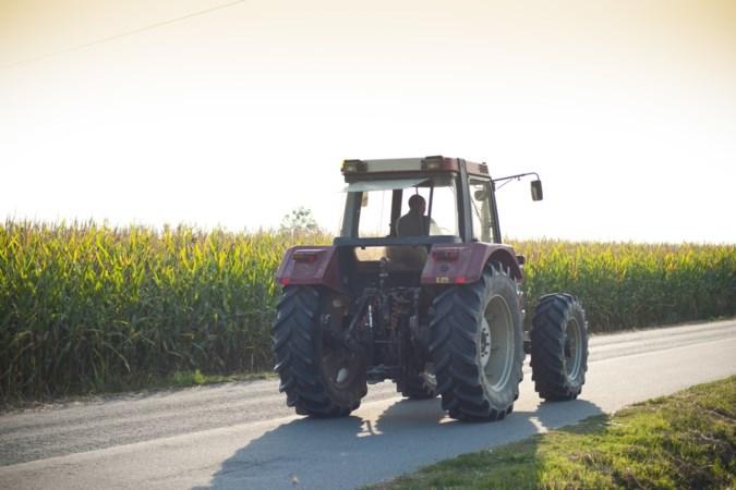 Tractor en shovel gestolen in Tudderen