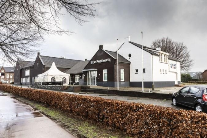 Onhoudbare situatie bij De Postkoets in Horn: verenigingen zeggen vertrouwen in bestuur op, maar dat wil niet wijken