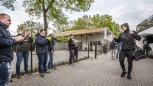 Venlo gelaten onder degradatie VVV: meer agenten dan fans bij stadion