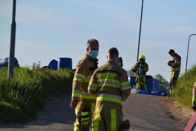 Vaten met vermoedelijk drugsafval gedumpt in Hulsberg