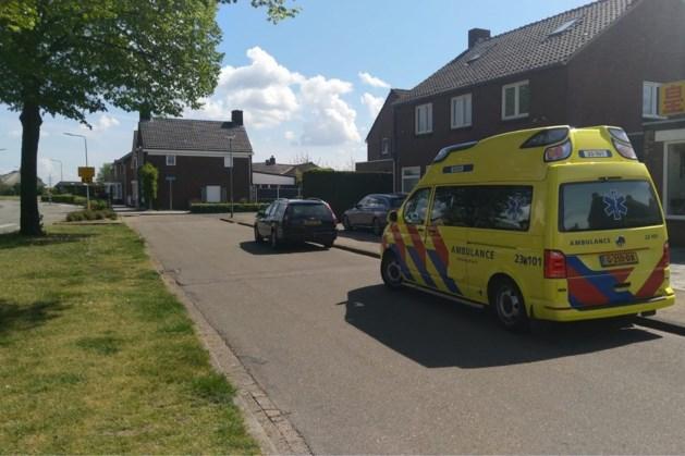 Politie zoekt grote kale man na steekpartij in Posterholt