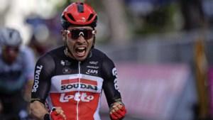 Sprintkoning Caleb Ewan pakt tweede zege in Giro d'Italia