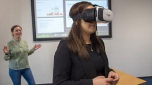 Aankomende docenten leren hun zenuwen te bedwingen met een virtual realitybril