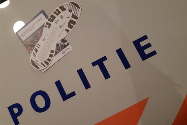Politie Heuvelland attendeert burgers met witte voetjes op risico fietsendiefstal