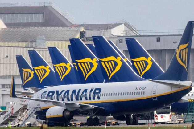 Ryanair diep in het rood door crisis