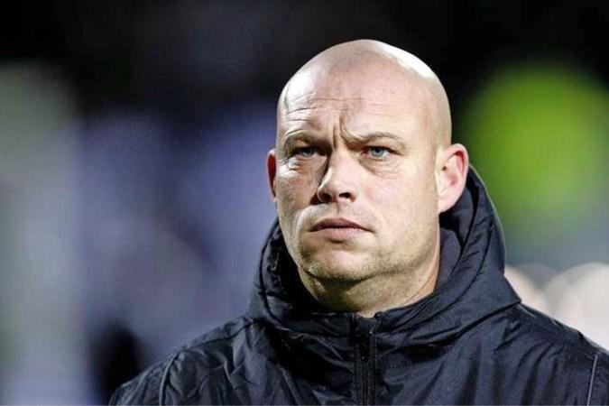 Kevin Hofland kan met Mark van Bommel mee naar Wolfsburg