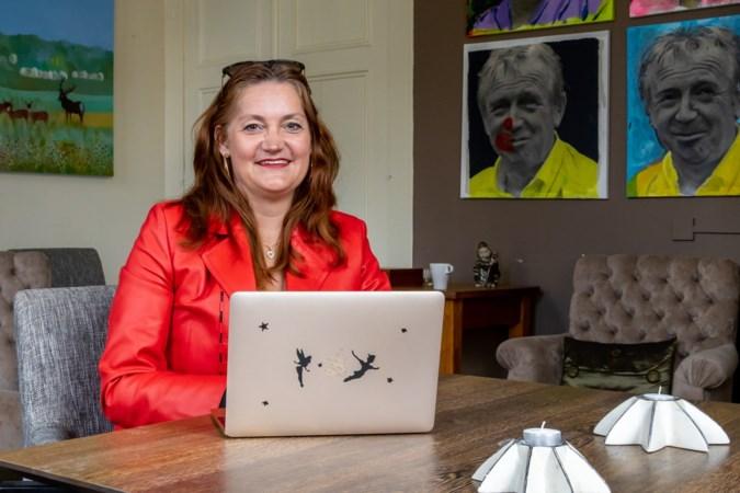 Toon Hermans huis Maastricht houdt online 'inloopuur' voor lotgenoten: 'Het is fijn een positieve boost te krijgen'