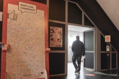 Feestgevoel in de vaccinatiestraat: 'Ik denk nu aan één woord: vrijheid'
