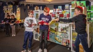 Snuffelen tussen de boeken in de strijd tegen laaggeletterdheid in Venlo