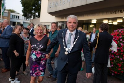 Politiek Beekdaelen steunt in opspraak geraakte burgemeester Geurts: eerst onderzoek afwachten