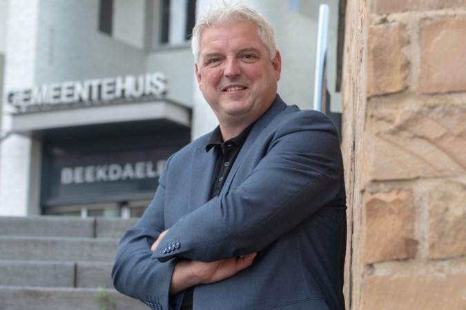 Beekdaelense burgemeester Geurts mag nog even in Brunssum blijven wonen