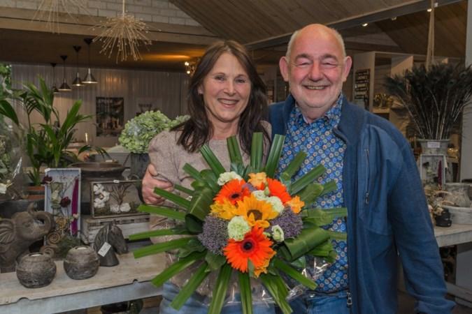 Loes en Aloys Peeters draaien deur van hun bloemenhuis in Horn na ruim veertig jaar definitief op slot