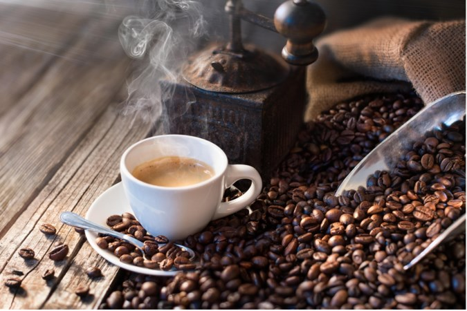De weg kwijt tussen alle soorten koffies, koffiebonen en apparaten? Tijd voor een koffiecollege