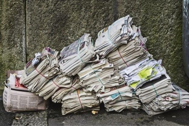 Oud papier inzamelen in Maria Hoop