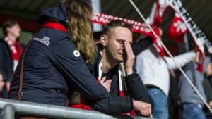 Ook FC Emmen struikelt in het mijnenveld dat play-offs heet: NAC na strafschoppenserie naar finale