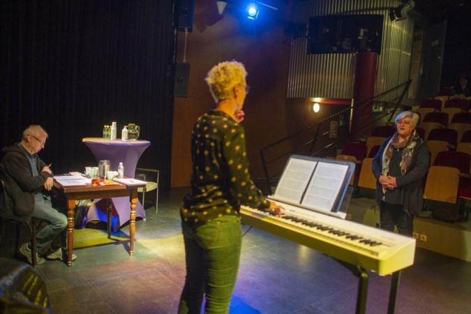 Zenuwen voor koor-auditie Limburgs eerste dialectversie van The Passion