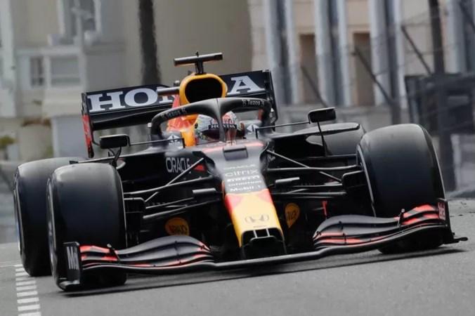 Verstappen glorieuze winnaar in Monaco en leider in WK-stand