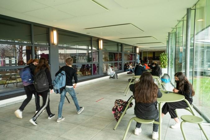 Limburgse leraren over openstelling middelbare scholen: 'Dit voelt als een trap na'