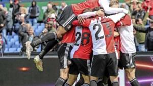 Feyenoord pakt Europees ticket en geeft Dick Advocaat mooi afscheid