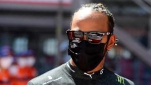 Podcast: 'Nu er druk bij komt kijken blijkt Lewis Hamilton opeens helemaal niet meer zo'n teamplayer te zijn'