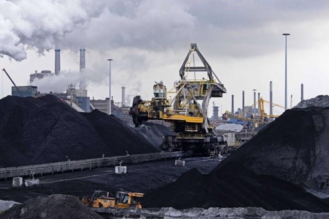 Tata Steel pakt overlast en uitstoot hoogovens IJmuiden veel sneller aan