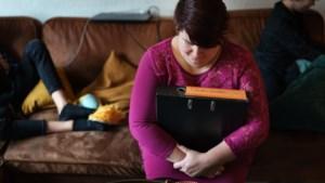 Kabinet wil private schulden ouders kwijtschelden: Mariska (37) uit Born en haar gezin dromen weer van een vakantie