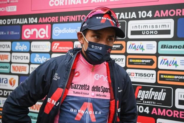 Egan Bernal laat de Tour de France aan zich voorbijgaan